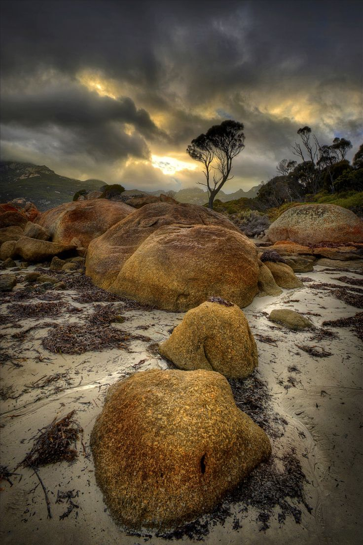 Fotheringate Dawn by Ian C Rolfe / 500px