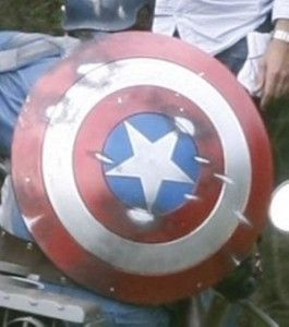 How to make a Captain America Shield. Lots of tutorials. DIY Captain America Shield
