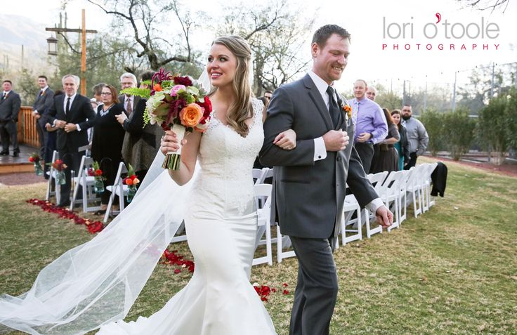 Cathedral Veil | Tanque Verde Guest Ranch wedding | Lori OToole Photography |