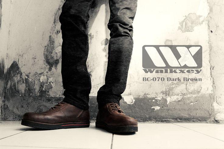 Tangguh dengan sepatu kulit walkxey BC-070 dark brown