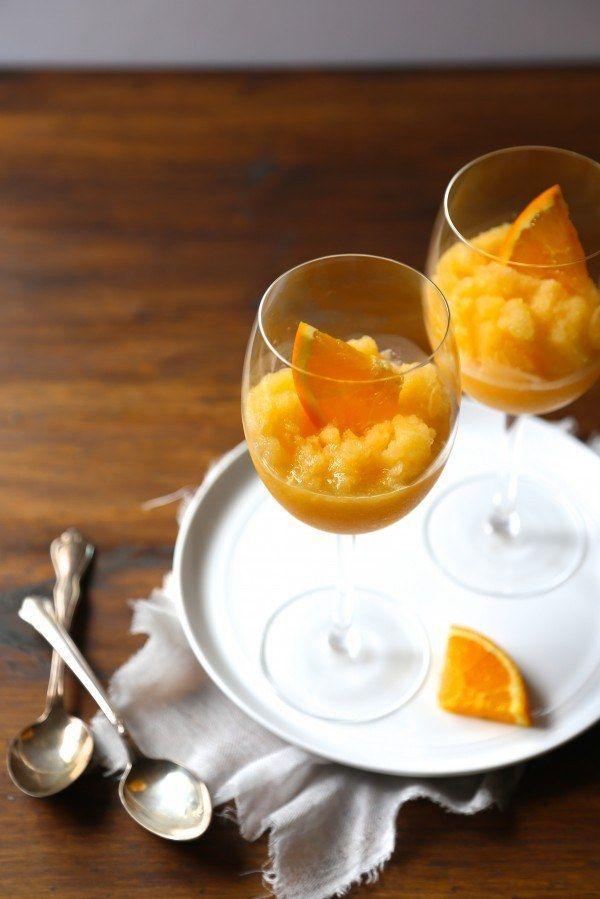 Naranja Melocotón Mimosa Slushies | 21 Wine Slushies To Give You Life This Summer