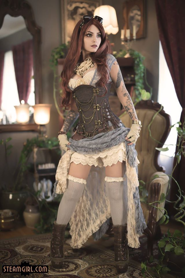 Lacy Steampunk Burlesque (steamgirl)  - For costume tutorials, clothing guide, fashion inspiration photo gallery, calendar of Steampunk events, & more, visit SteampunkFashionGuide.com
