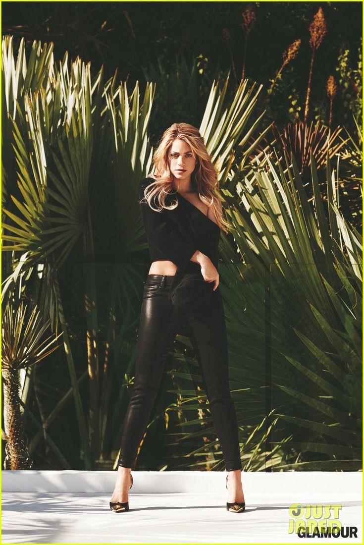 Shakira on Working with Rihanna: It Was Utopia! | shakira covers glamour february 2014 03 - Photo