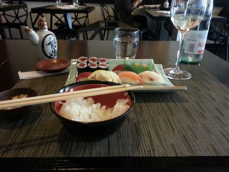 Кто еще не доехал до Японии, в Риме есть классный ресторан!!!