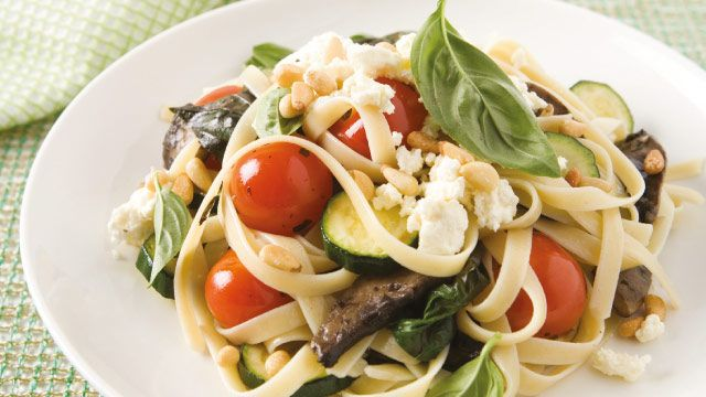 Mushroom, Zucchini & Fresh Tomato Pasta | The Biggest Loser