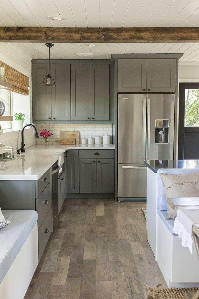 jolie cuisine moderne en bois, repeindre une cuisine en bois, repeindre meuble de cuisine