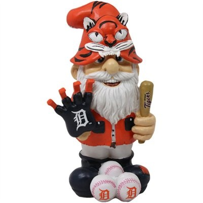 MLB Detroit Tigers Gnome...hehe I so want one of these in my garden when I get my own place!
