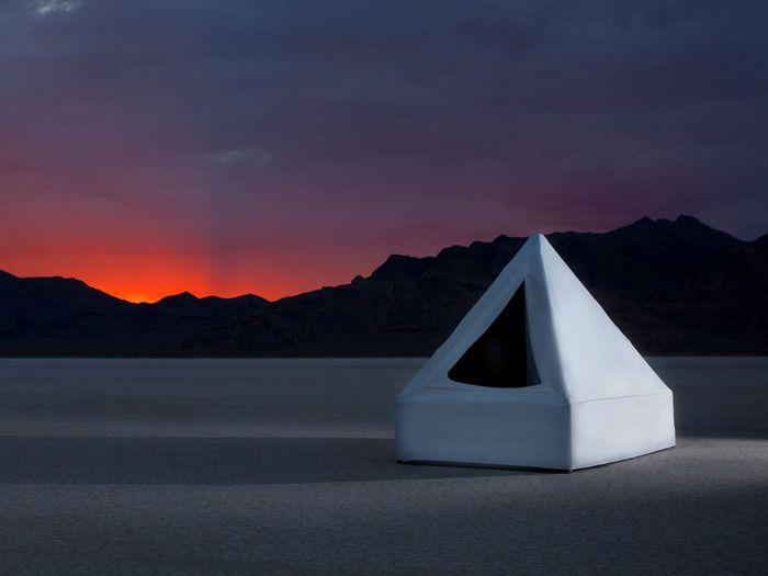 Zen Float Tent, a modern isolation chamber?