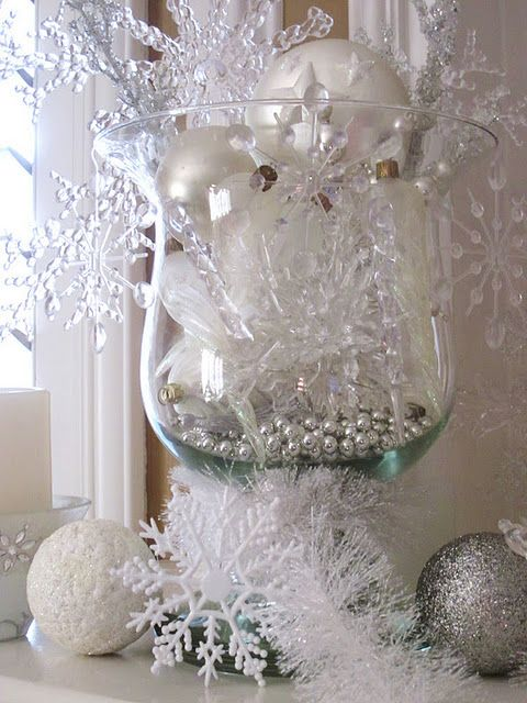 Winter centerpiece, winter decoration, snowflake centerpiece