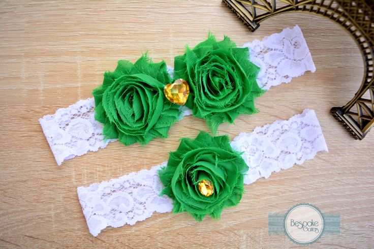 Emerald Green Wedding Garter Set, Handmade with White Lace & Crystal Gold Rhinestone - by BespokeGarters by BespokeGarters on Etsy
