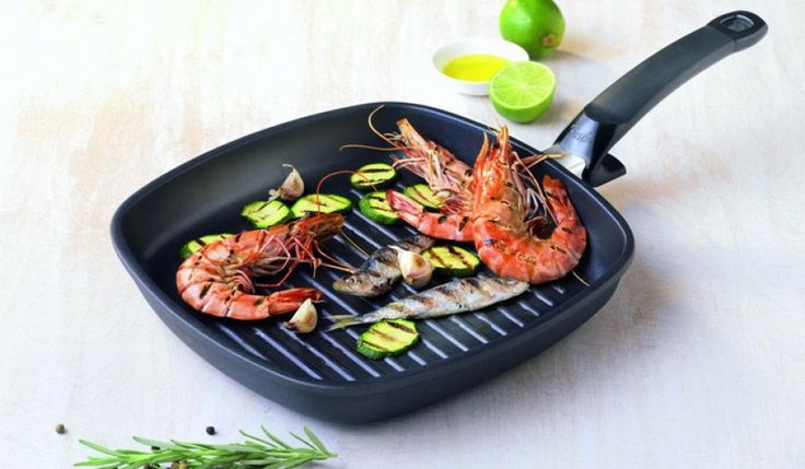 Tigaie special grill  http://www.bucataria-fermecata.ro/tigai/tigaie-grill-special-28-cm.html