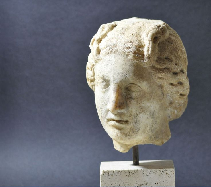 Roman Aphrodite marble head, 2nd century A.D. Roman Aphrodite marble head, Roman marble head of Aphrodite Venus inspired as Aphrodite Cnidia, 25 cm high. Private collection