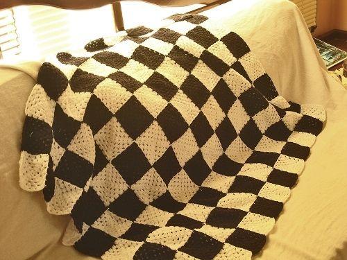 CROCHE: A receita da manta xadrez