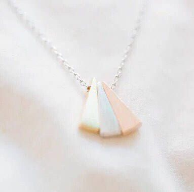 Delicate Three Triangle Boho Vintage Necklace, Dainty Jewelry, Triangle Necklace, Dainty Necklace, Gift Ideas, Simple Necklace, Bestfriends by MissFitBoutiqueCA on Etsy https://www.etsy.com/ca/listing/576586237/delicate-three-triangle-boho-vintage