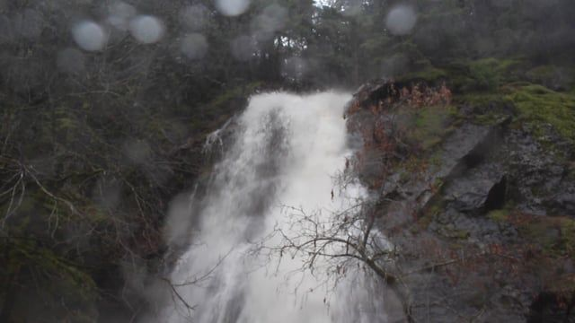 A short and wet video of our stop at Bridal Veil Falls on Highway 50 on our way to Lake Tahoe .Filmed January 11, 2017.