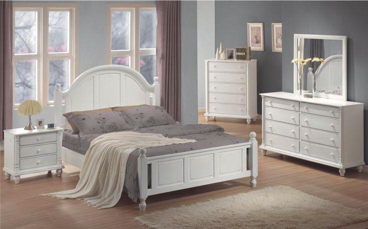 Kayla Transitional White Finish Bedroom Furniture Set
