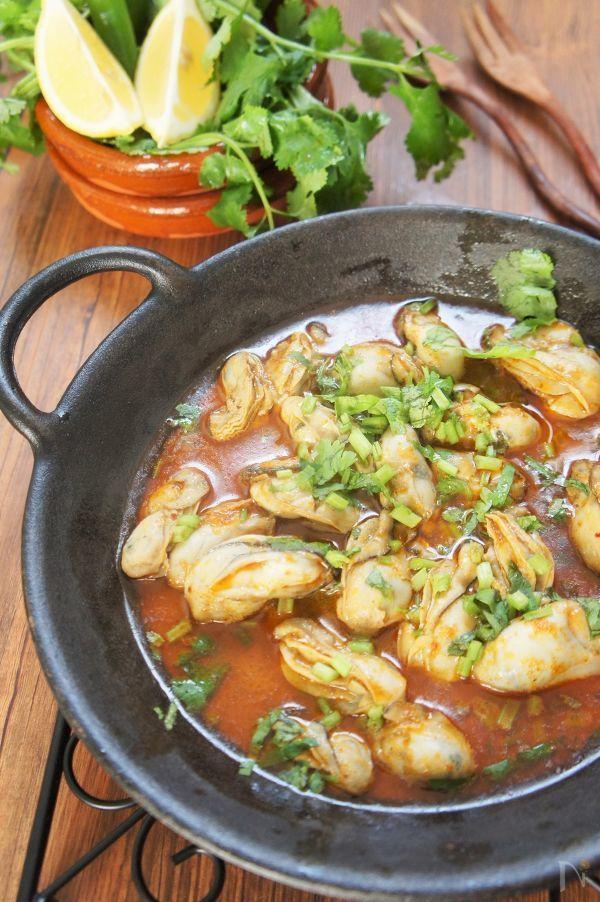 スペインとタイをコラボしてみました。トムヤムペーストとスペイン料理を旨く調和させたので、新しい味に家族も満足。エスニック料理が好きな方には必見です。