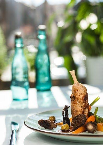PIERŚ PERLICZKI Z PURÉE Z BRUKWI /  Supreme of Guinea fowl with turnip puree / Concordia taste
