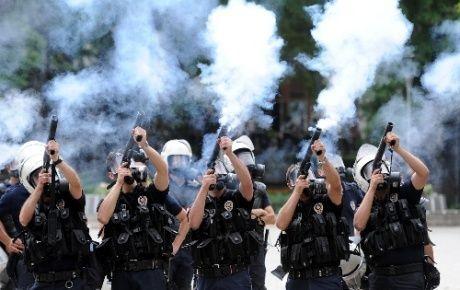 Uluslararası İnsan Hakları Federasyonun'dan, 'Türkiye'ye Biber Gazi Satışı Yapmayın' Uyarısı
