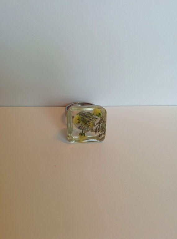 Resin flower ring resin ring flower ring by BijouxLaMontrealaise