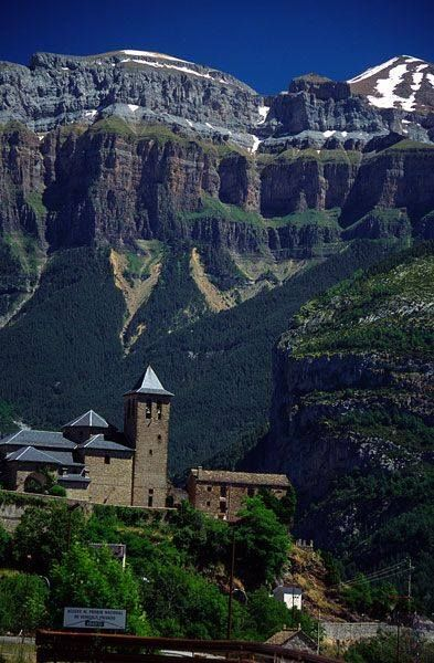 Torla, Parque Nacional de Ordesa y Monte Perdido, Huesca, Aragón.España.