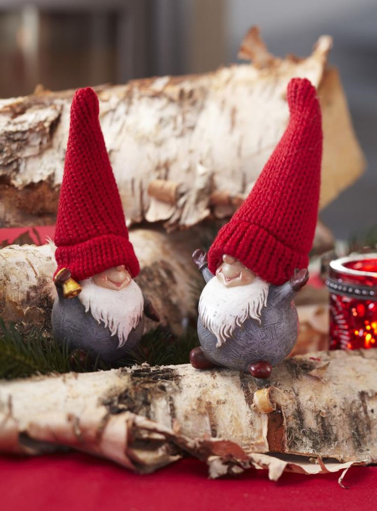 nisse hygge - nille nisser--Use sweater sleeve for hat--jc