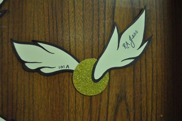 Go for the Gold! (GPA tips) (really just love this door dec :))