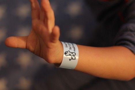 10 Armband för barn, allergibehandling, för stranden, campingområden, nöjesparker eller festivaler | StickerKid Sverige