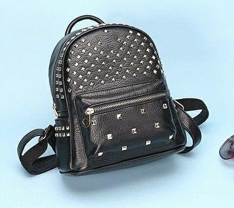 Fashion Women Waterproof PU Leather Rivet Backpack Women's Backpacks for Teenage Girls Ladies Bags with Zippers Black Bags