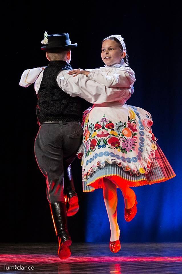 Macar halk danslari Magyar néptánc Hungarian folk dance