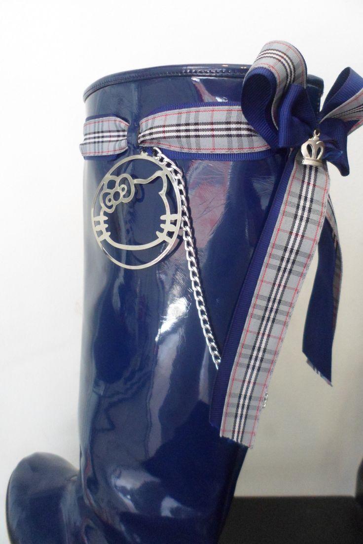 blue wellies for women by ellishoes.blogspot.com