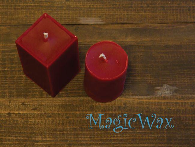 """Красная свеча """"Коричка"""" от MagicWax"""