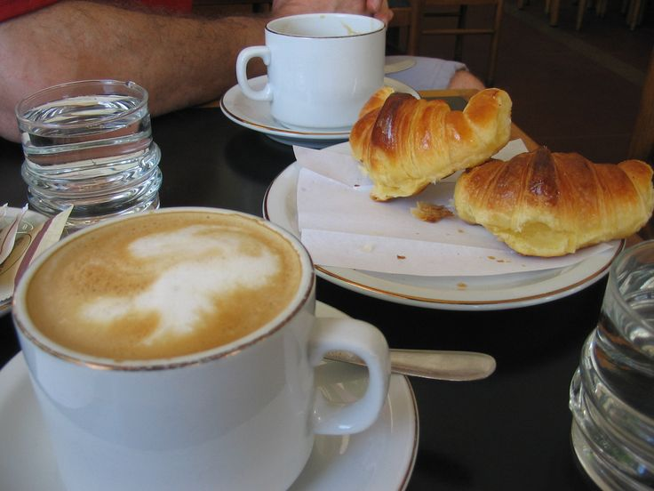 14 Food Reasons Argentines Are Better At Life - If you like croissants, you'll love medialunes. They're Argentina's smaller and sweeter version of the beloved French pastry. Medialunes are most often served at breakfast with a cafe au lait. And since they're smaller than most breakfast pastries we like to think that means you're entitled to more than one.