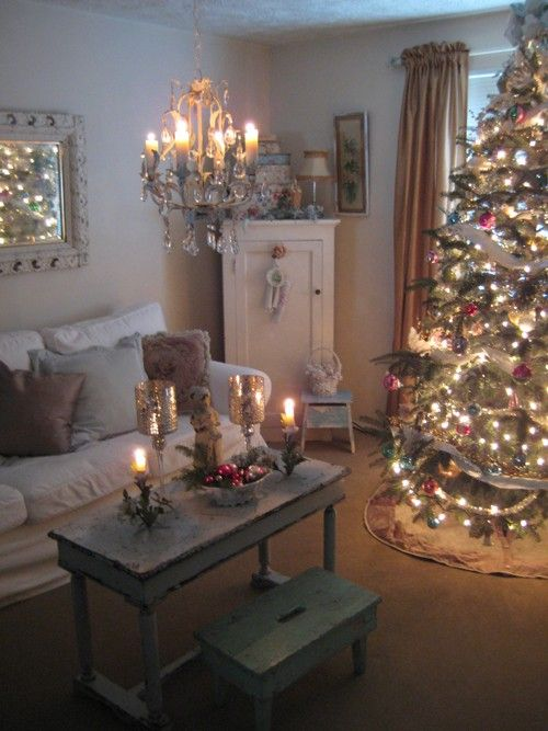 I choose a cozy cottage with my hubby and kids over a colossal castle any day ! : )   Here's our living room : )
