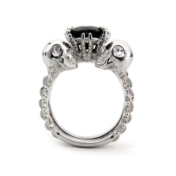 This Day of the Dead wedding ring set is to DIE for! These romantic goth love rings scream Momento Mori. Nothing says commitment like skeleton