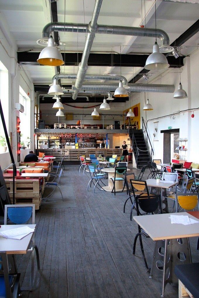 Tallinn: restaurant Lendav Taldrik, Telliskivi Loomelinnak - Isyyspakkaus | Lily.fi