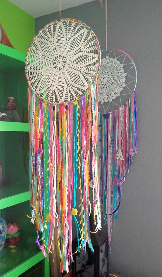 Tropical 12 Inch Sparkling Dreamcatcher with Doily ^