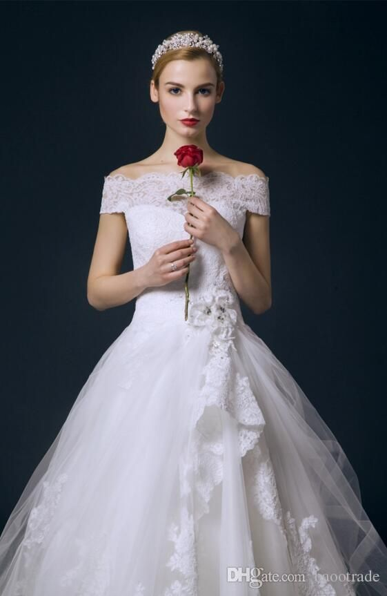 1000 ideas about knee length wedding dresses on pinterest for Knee high wedding dresses