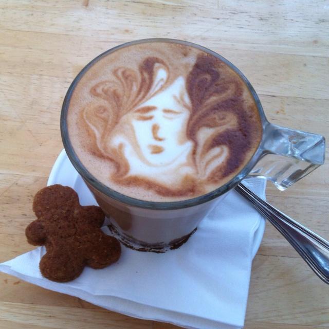 Cafe Latte a la Hummingbird, Bandung