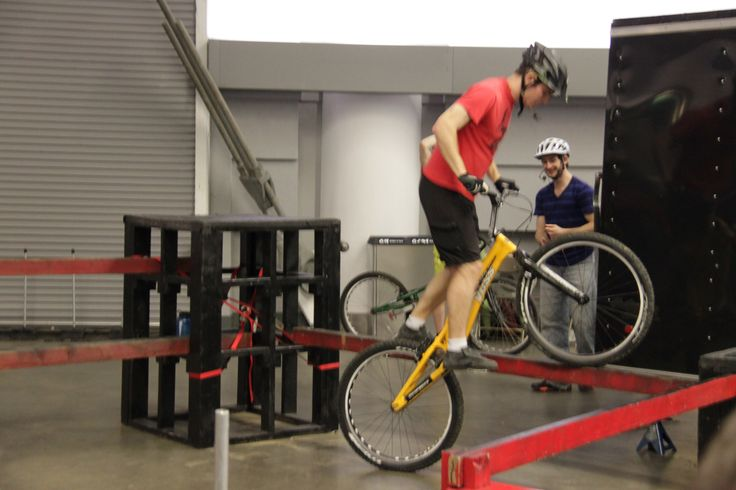 trial #bike stars showing off their moves @Vancouver Bike Show