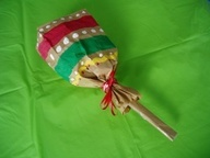cinco de mayo...craft activity - maracas