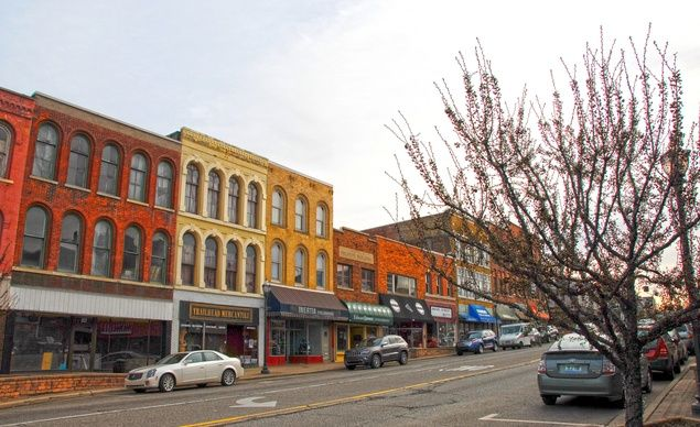 NILES, MI (continued) Niless proximity to Chicago, Lake Michigan beaches, and…