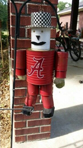 Alabama can man