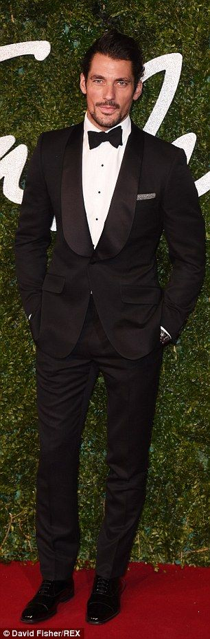 Model behaviour: David Gandy and Twiggy were both rocking suits to the prestigious event