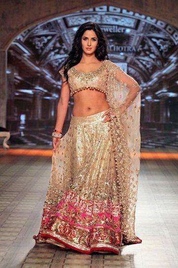 10 Best Manish Malhotra Bridal Collection Lehenga Designs with Price Tags