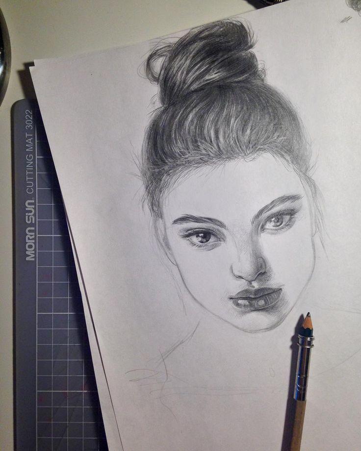 Гипно малышка 🔮#illustration #art #portrait #realisticdrawing #just_realism #sketch #sketchbook #girl #fashion #beautiful #drawing #gallery #fashionillustration #instaart #иллюстрация #рисунок #портрет