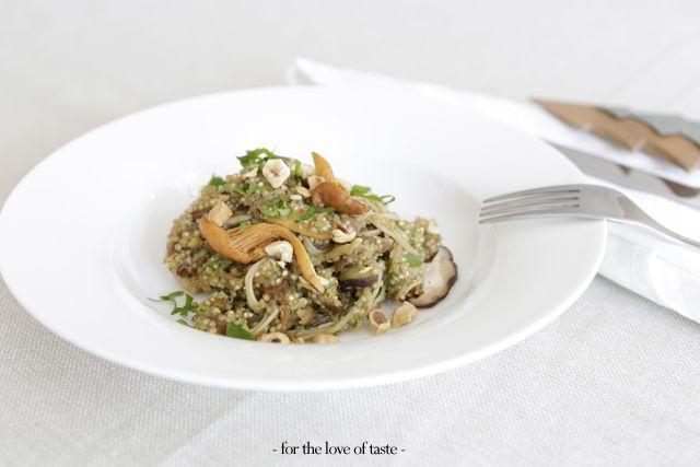 Quinoa salad with mushrooms and apricot   ///  Quinoa salade met champignons en abrikoos