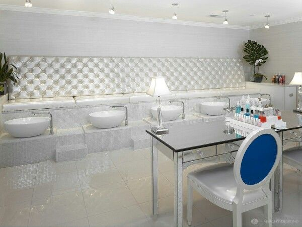1000 Images About Savvy Enticing Salon And Spa Setups On