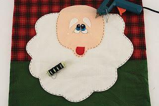 cubre sillas navidad patron cara santa.-  ***Ideas de Manualidades***: cubre botella y cubre silla navideño