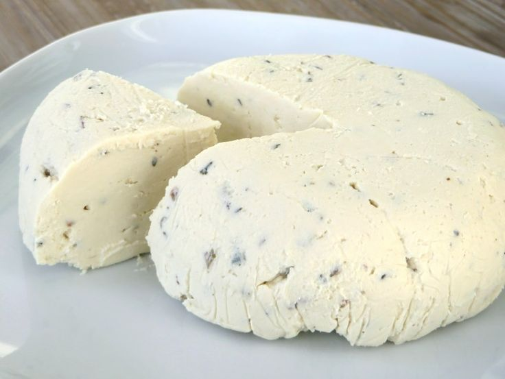 Tofu garlic-herb cream cheese, vegan